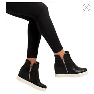 Mossimo Supply Co.| Wedge Sneakers Black size 7.5